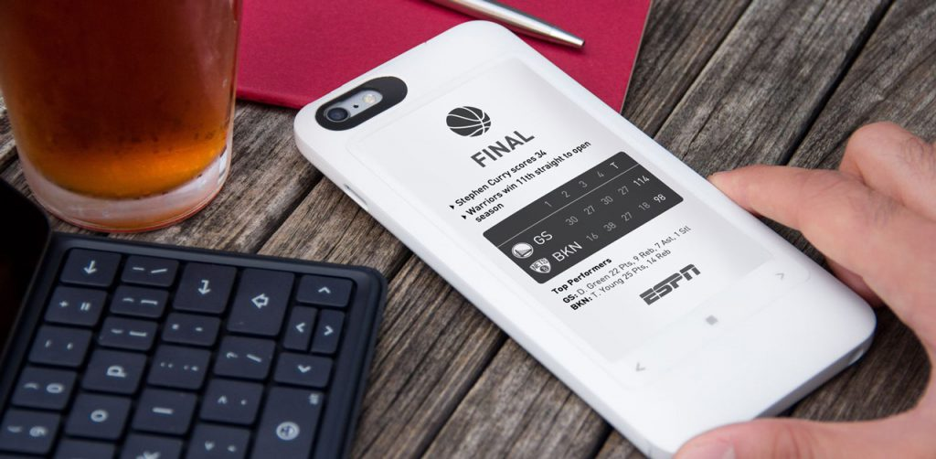 PopSlate, the cover that adds a screen e-ink behind the iPhone